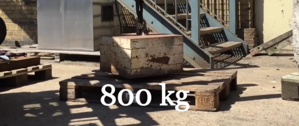 800kg
